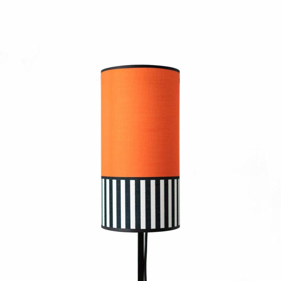 abat-jour en tissu orange de la collection Lampion format tube