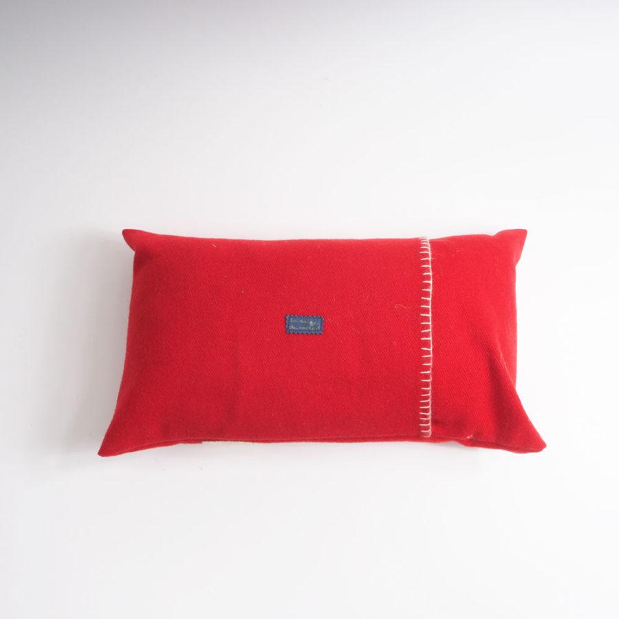 dos de coussin rouge pure laine